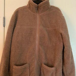 Short fluffy jacket